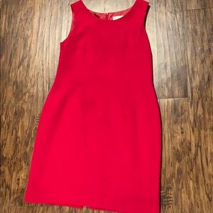 Red shift dress with small slit in the back